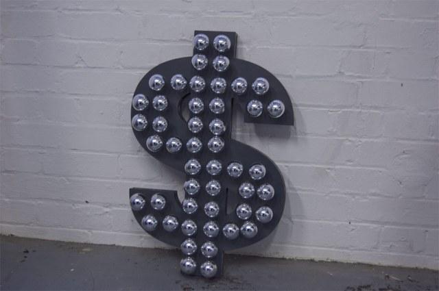 Dollar Shaped Lamp